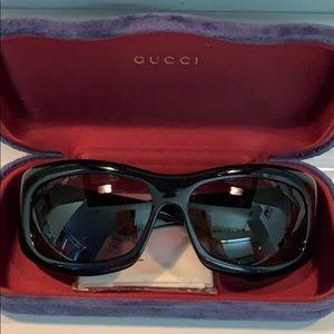 Authentic Gucci Black Sunglasses with Case